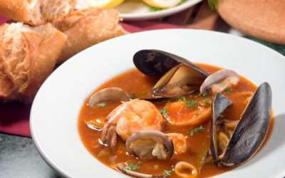 Rustic Italian style Seafood Stew (Quick & Easy!)