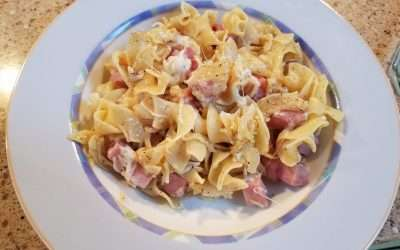 Egg Noodles with Ham & Swiss Cheese